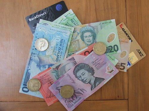 Money cash Australia New Zealand