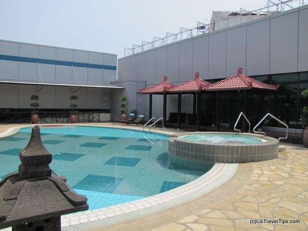 Singapore Changi Airport Pool